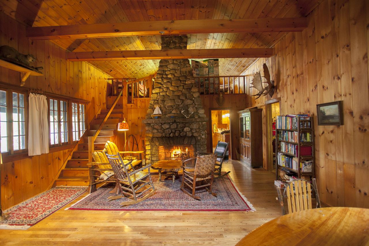 Indian Lake Waterfront Lodge