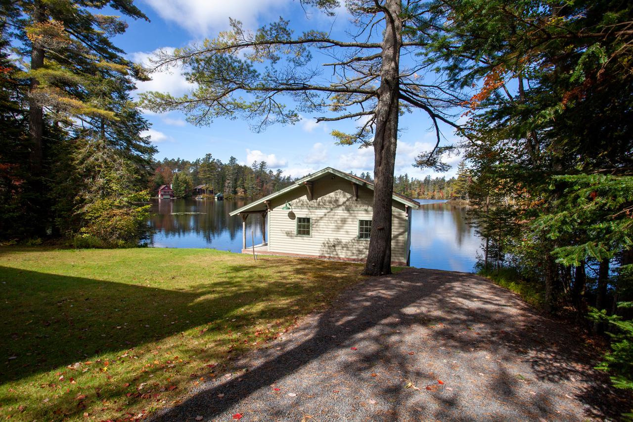 Horseshoe Pond Lakefront Property
