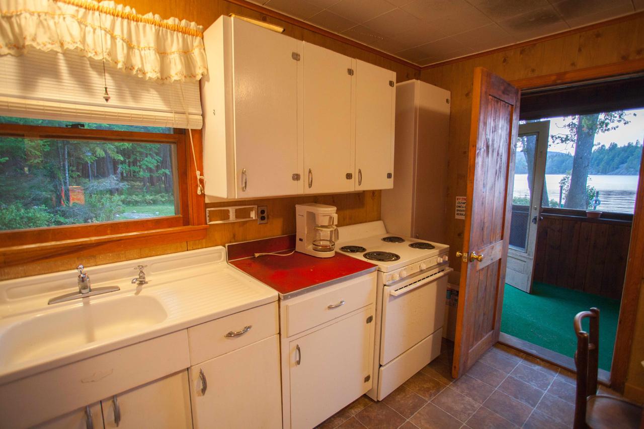 Adirondack Lakefront Cottages